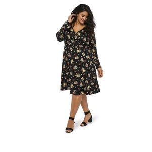 NWT Long Sleeved Floral Stretch Dress 4X